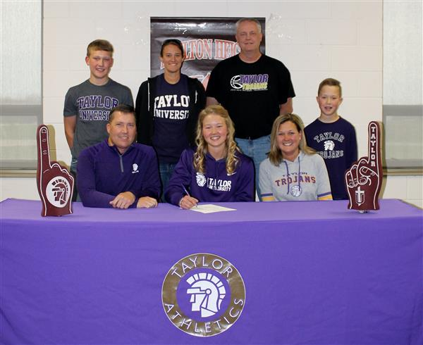 Kirtley Commits to Taylor University. Click Here!